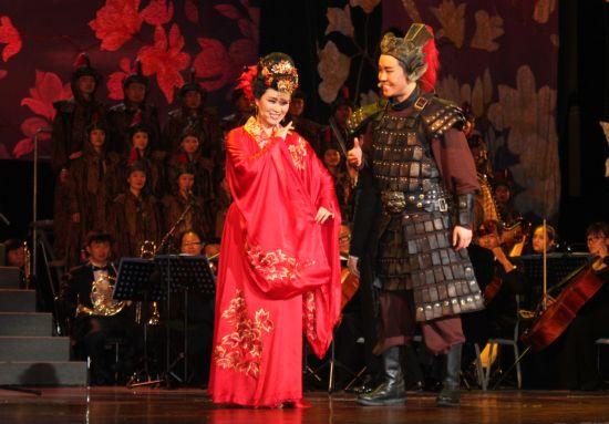 近日,为庆祝总政歌舞团建团60周年,从8月22日至9月21日,总政歌